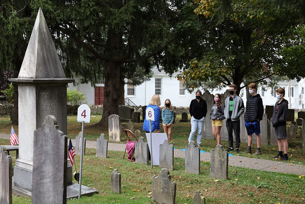 People on the cemetery tour